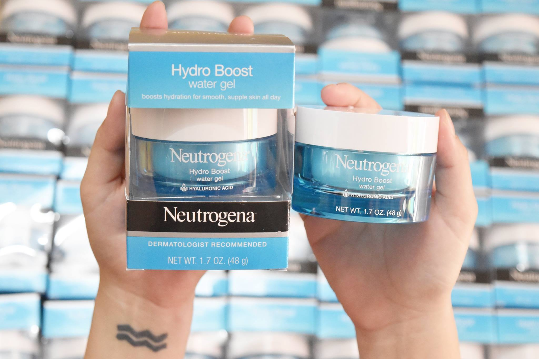 gel-duong-am-chong-nang-neutrogena-hydro-boost-water-gel-with-spf-15