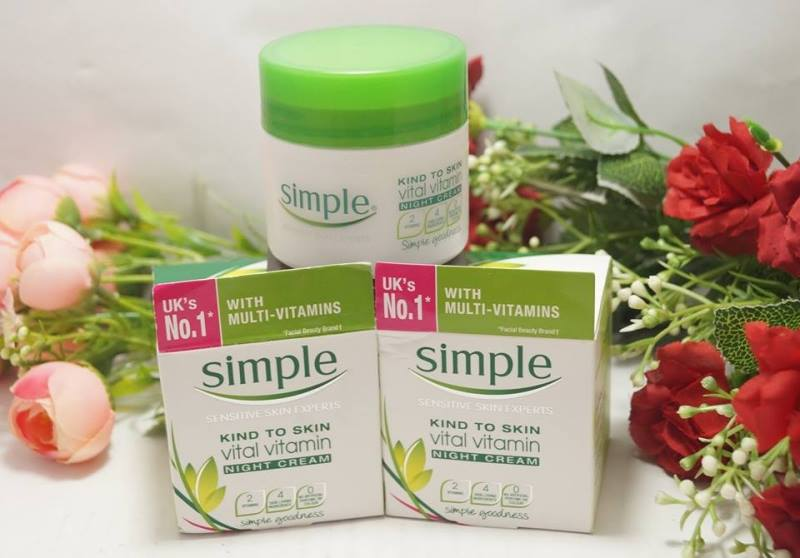 kem-duong-ban-dem-simple-kind-to-skin-vital-vitamin