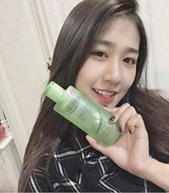 nuoc-hoa-hong-da-nhay-cam-simple-kind-to-skin-soothing-facial-toner