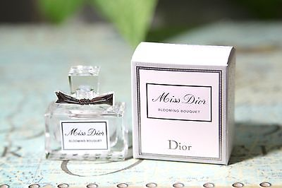 nuoc-hoa-mini-miss-dior-blooming-bouquet-edt-5ml
