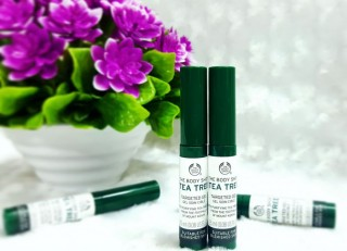Gel Trị Thâm Mụn - Tea Tree Targeted Gel - The Body Shop