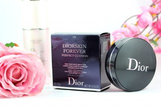 .Phấn nước - Dior. Diorskin Forever Perfect Cushion
